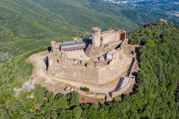 La comarca de los castillos y de las brujas