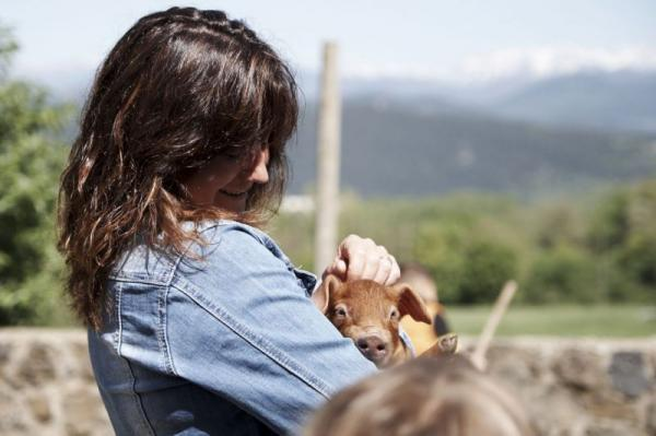 Granja Porcs Casolans Corominas amb nens