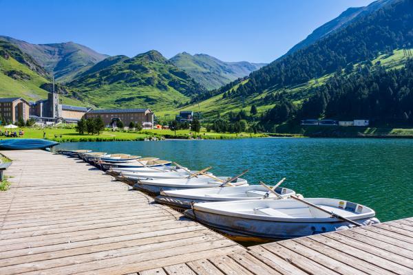Paseo en barca por el lago y zona de pícnic Con niños