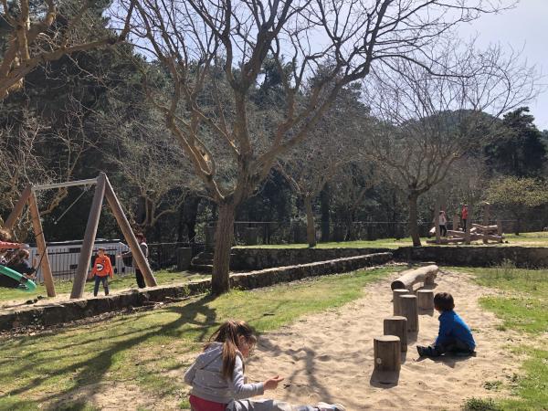Área de pícnic al lado de la Casa Forestal de Castellfollit. Foto: ESCAPADA AMB NENS
