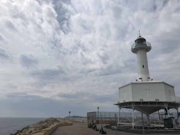 Del Port de Tarragona al Far. Foto: ESCAPADAAMBNENS.COM