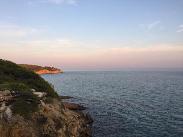 Camí de ronda, de Tarragona a la Punta de la Mora. Foto: ESCAPADAAMBNENS.COM