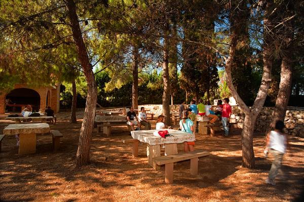 Àrea de pícnic de La Galera amb nens