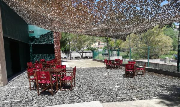 Zona de pícnic Centre Cívic Els Jardins de Cunit. Foto: CUNIT.CAT