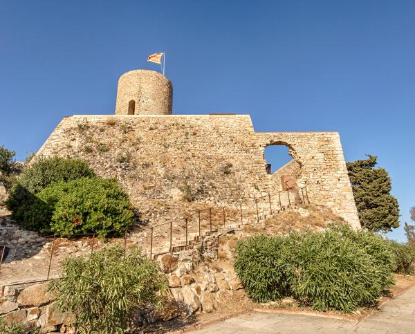 Castell de Sant Joan amb nens